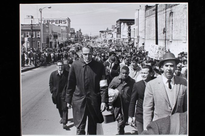 March toward Edmund Pettus Bridge