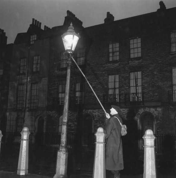 The Victorianist: The Victorian Lamplighter